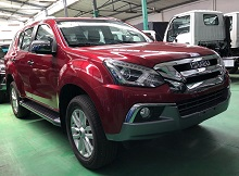 ISUZU MU- X 3.0 AT (4x4)